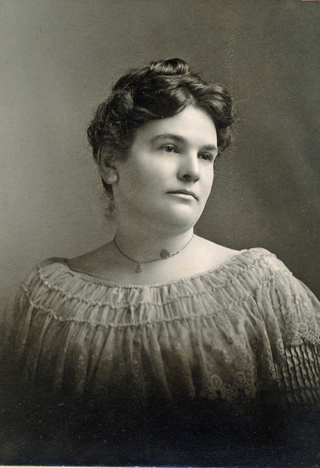 Unidentified woman 008