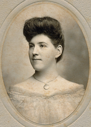 Unidentified woman 011