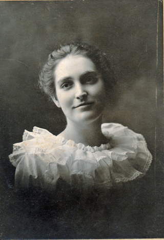 Unidentified woman 012