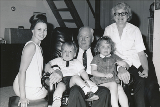Lillie, Mother, Caccy, children