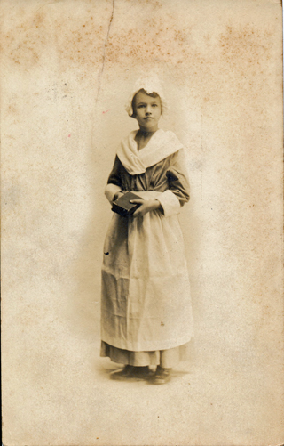 Annis Jones Humphries in costume