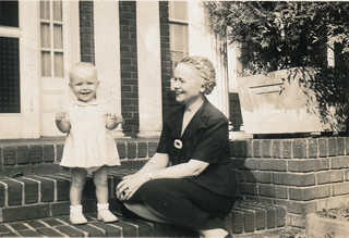 Demaris & Auntie c. 1944