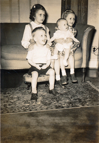 4 Humphries Children c. 1948