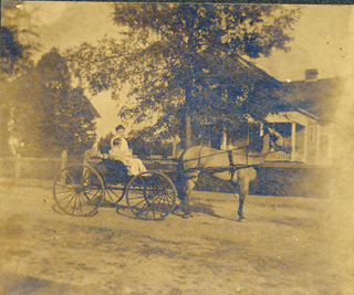 LMJ in carriage with Annis in Hapeville